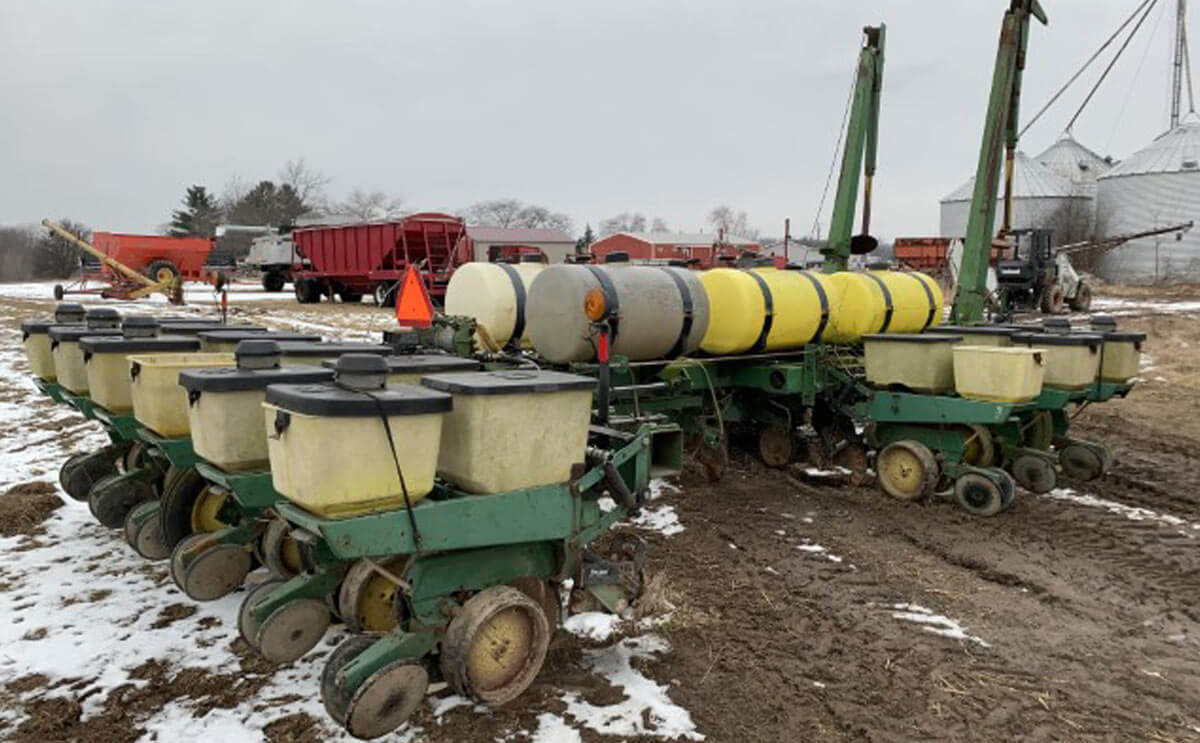 John Deere Planter for Auction