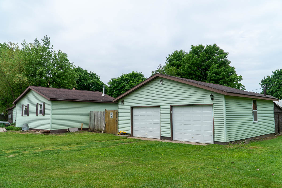 Detached two-car garage