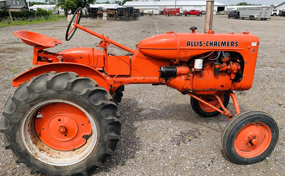 Allis Chalmers Tractor for Auction