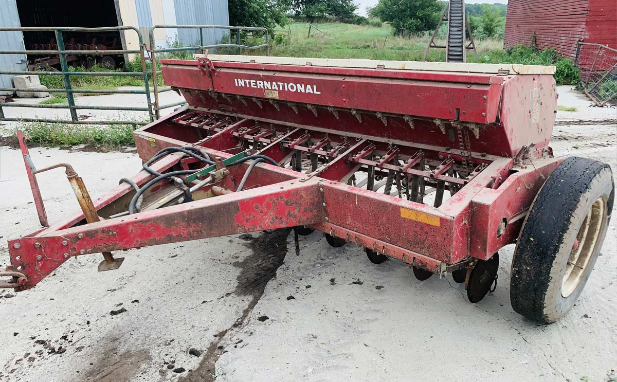 International Discer for auction