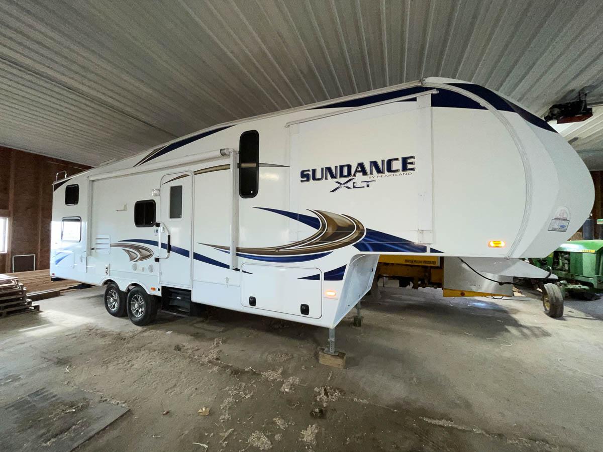 Heartland Sundance XLT 285BH, Right Side