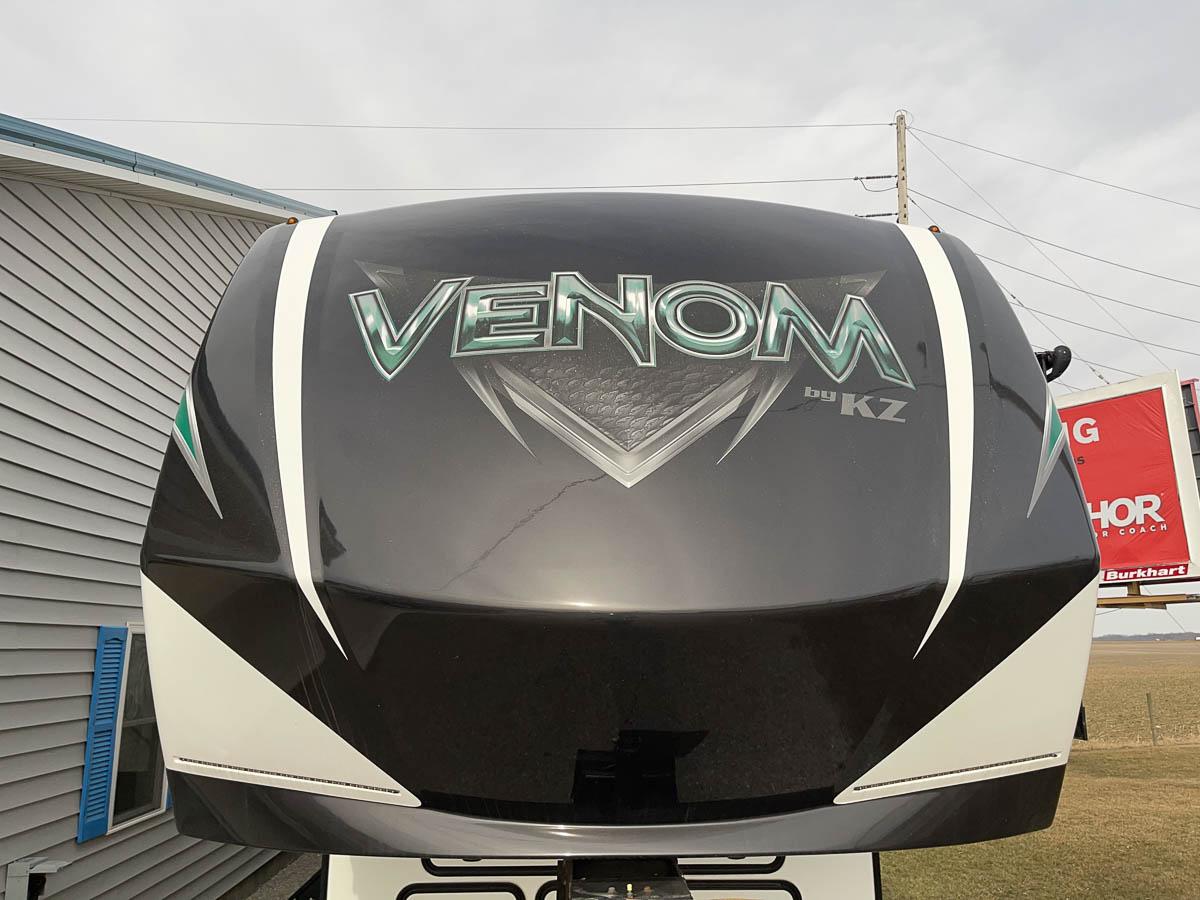2019 KZ RV Venom 3911TK, Front